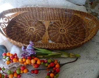 Native American Pine Needle Basket Tray Rare Pattern Tightly Woven Coiled Pine Needles, Intricate Feather Stitching Lovely Golden Tan