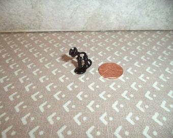 1:12 scale dollhouse miniature old fashion metal phone