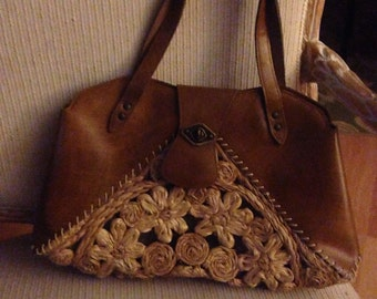 Vintage vegan handbag-Mahler of CA-Woodgrain look with rafia accents
