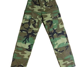 Army Pants. Camo Pants. BDU. Vintage Fatigue. Vintage Army.  Military pants. Camouflage. Army Fatigue. Woodland. Hunting. Grunge. Army