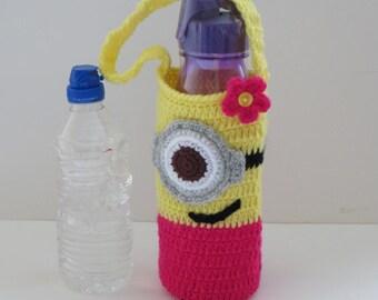 Minions Water Bottle Bag, Water Bottle Holder, Water bottle carrier, Cozy, Drink Bottle Tote / holder, School Water Bottle Bag, Minions girl