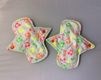 Set of 2 Musical notes on flannel top panty liners