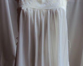 Vintage white nylon lace camisole top John Prevost size 14 made in Australia