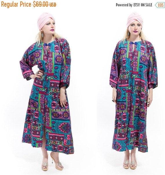 Vtg 70s PSYCHEDELIC Maxi Dress CAFTAN Goddess Resort Lounge Wear Robe Boho Festival Statement Avant Garde Neon Geometric hippie Boho kitsch