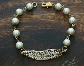 Pearl Feather Bracelet
