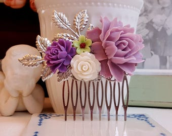 Lilac and violet silver flower comb Country garden hair accessory Bridal silver hair comb