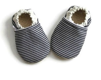Baby booties,baby shoes, nautical baby shoes, baby shower gift,baby gift,summer baby shoes,nautical baby booties, railroad stripe