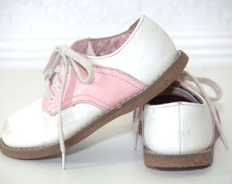 Girls Vintage White Shoes - Size 8 - Vintage Shoes - Vintage Saddle Shoes - Vintage Boys Shoes - Vintage Girls Shoes -
