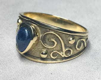 10k Gold Sapphire Ring