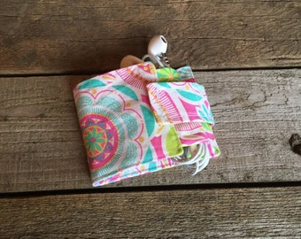 Wallet and Earbud Holder, geometric flowers