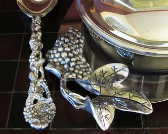 Grape And Leaf 3 Qt Oval Covered Casserole Dish With Tray and Vineyard Serving Spoon by Godinger Silver Art Co