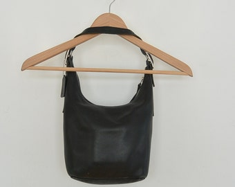 Coach leather Hobo Bag hand bag Short Handle Black Leather Coach bag purse 90's era Creed C1D-9823