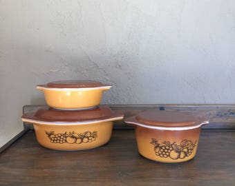 Pyrex Old Orchard Covered Casserole Dishes with Lids