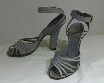 Ravishing 1940s strappy asymmetrical peep toe ankle strap heels US 5 - 5 1/2, UK 3 - 3 1/2