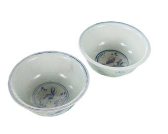 Chinese White & Blue Pair of Antique Porcelain Bowls