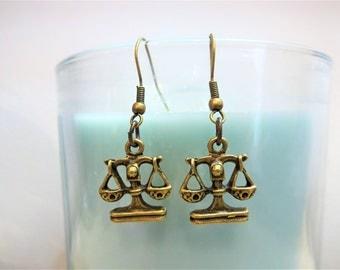 SCALES BALANCE EARRINGS in bronze - Libra zodiac sign earrings - attorney earrings
