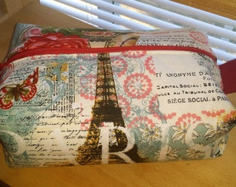make up cosmetic bag case Paris red and cream boxy