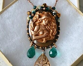 "Bead Embroidered Necklace ""Regina"" (Statement Necklace, Vintage Necklace)"