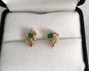14K Gold Emerald Diamond Accent Swirl Design Earrings Genuine Emeralds