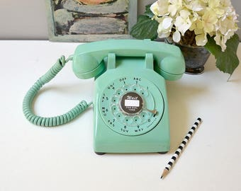 Rotary phone in sea green; working rotary dial telephone; retro rotary phone; vintage phone