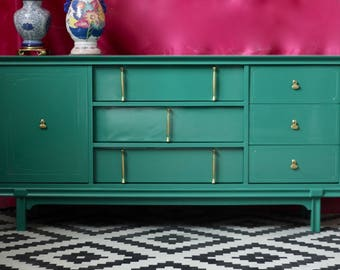 Bassett Buffet Credenza Lacquered in Glossy Green - Ready to Ship