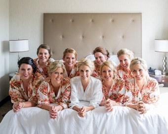 White floral robe, set of Bridesmaid robe, bridesmaids robes, bridesmaid robe, cotton bridesmaid, customized embroidered robes, kimono SUGAR