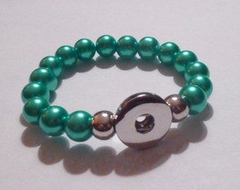 SALE ~ Aqua/Green Pearl Stretch Bracelet for Snap It Charms