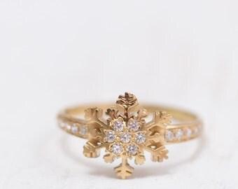Gold Snowflake ring