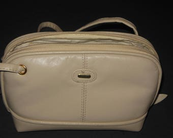 Off White Classique Leather Small Purse Shoulder Bag Pocketbook Vittoria Long Strap