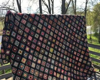 Vintage Multi Colored afgan Handmade Blanket Crocheted Throw Blanket Granny Square Afghan