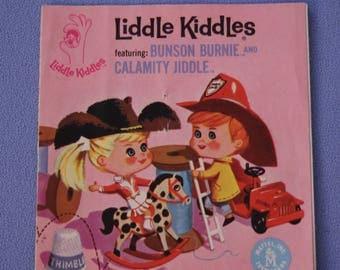 Vintage Liddle Kiddles Calamity Jiddle Bunson Burnie Booklet, EXC