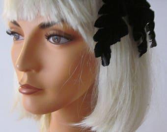 "1960,s black velvet ""star"" fascinator/headpiece"