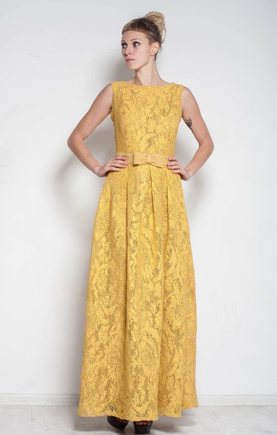 how to make a maxi dress look formal