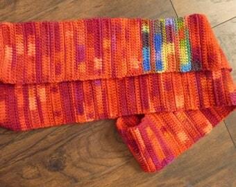 Derek scarf
