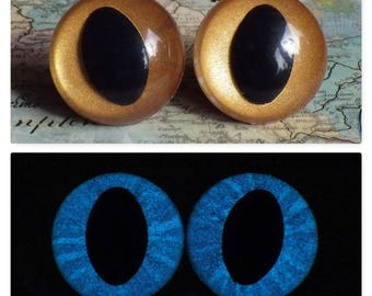 24mm Glow In The Dark Cat Eyes, Metallic Gold Safety Eyes With Blue Glow, 1 Pair of Plastic Safety Eyes