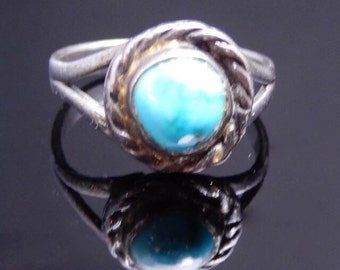 Pretty little turquoise and sterling silver ring