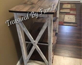 Farmhouse Style Hallway Entryway table