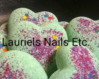 Apple Jack Bath Bombs, 25, Free Shipping, Apple Jack Scent, Heart Bath Bombs, Bath Bombs, Bath and Beauty, spa and relaxation, bath fizzy,