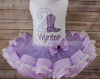 Please add one layer of lace trim to my tutu skirt