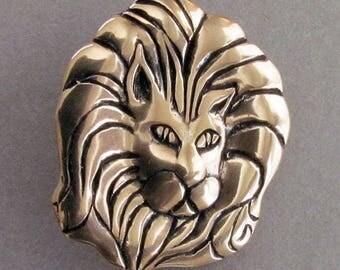 Lion - Shank Button - B4151