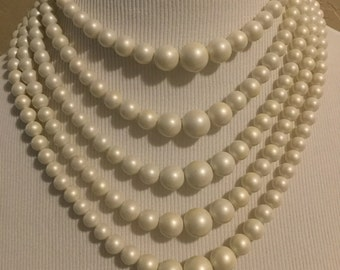 Womens vintage white 5 strand necklace