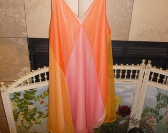 Groovy vintage Multi-Colored Vanity Fair Night Gown / Lingerie / Negligee From The 1960's