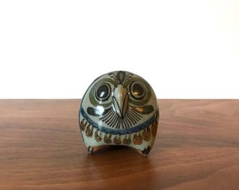 Jorge Wilmot and Salvador Vasquez Folk Art Pottery Owl from Tonala Mexico