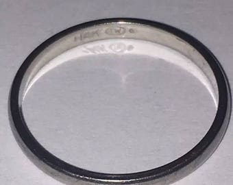 14k White Gold (1.4 Grams) Wedding Band Ring Size 7