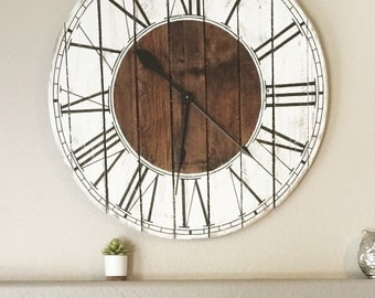 "Farmhouse Style Wooden Pallet ""Kat"" Clock  6 sizes!"