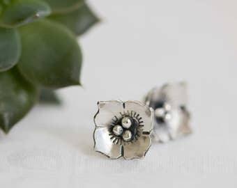 Sterling Silver Dogwood Earrings, Dogwood Jewelry, Silver Flower Earring, Small Dogwood Flower Earring, Silver Flower Earrings, Flower Stud