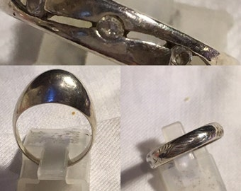 Choice of three vintage silver rings