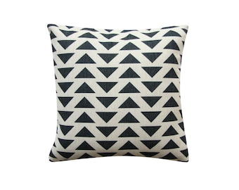 "Black Triangles Pillow Cover, Minimalist Scandinavian Geometric Cushion, 18"" x 18"" Decorative Pillow Cover Kids Room Throw Pillow 123"