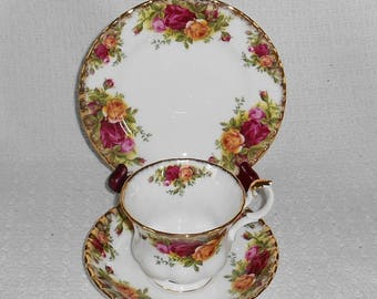 Royal Albert Old Country Roses Bone China Trio with Bread Plate Cup and Saucer Made in England