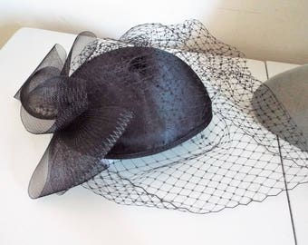 Ladies Black Skull Cap Fascinator with full veil and bow back By Vivari Michelle rrp 115.00